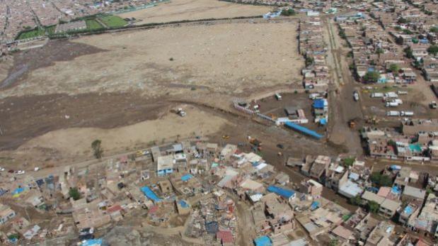 Analizan desviar cauce de quebradas que inundaron Trujillo