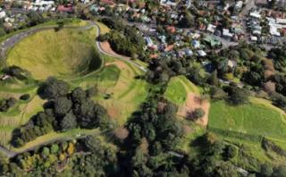 Google Earth agregó mapas en 3D y visitas guiadas de la Tierra