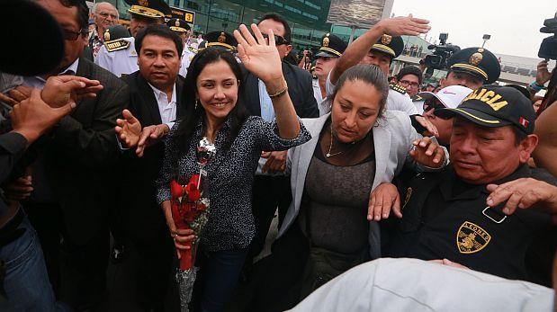 Nadine Heredia podrá salir del país sin permiso judicial