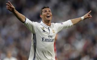 Cristiano marcó hat-trick perfecto: de cabeza, zurda y derecha