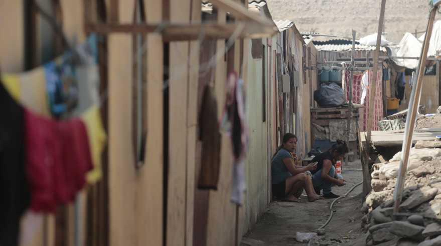 El proyecto del Ministerio de Vivienda habilitará 231 lotes de 50 metros cuadrados cada uno en Cantagallo. Se le ayudará a cada familia con 20 mil soles para que construyan sus nuevos hogares (Foto: El Comercio/Hugo Pérez)