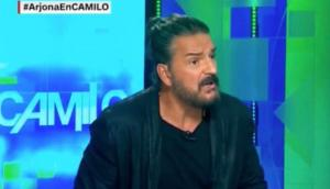 Ricardo Arjona se molesta y abandona entrevista con CNN [VIDEO]