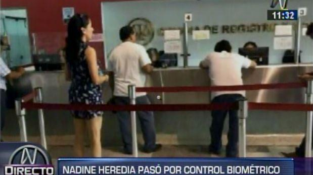 Nadine Heredia acudió esta mañana a control biométrico mensual