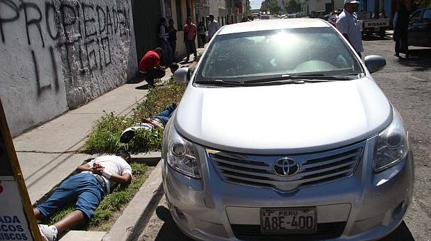 Arequipa: caen 'Monos del Pedregal' con chalecos de la PNP