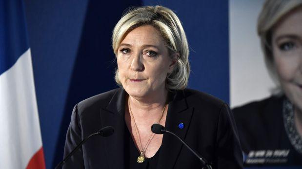 """Le Pen: """"Se deben restaurar inmediatamente nuestras fronteras"""""""