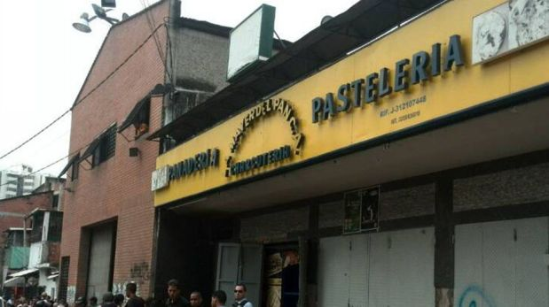 Venezuela: Personas que intentaban saquear una panadería murieron electrocutadas cuando entraron en contacto con un cable de 220 kv de una nevera. (Foto: Twitter)