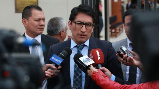Ex procurador Segura fue sancionado por hablar de Alan García