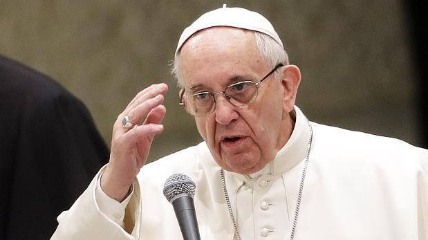 Centros de refugiados se han convertido en campos de concentración: Papa