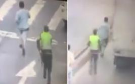 Ladrón roba a conductor y recibe su merecido casi al instante