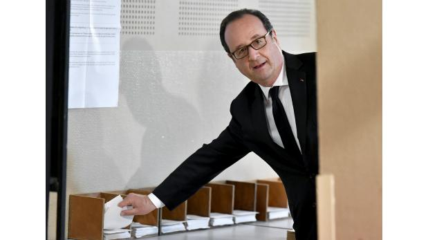 Un 28,54 % de participación al mediodía en las presidenciales francesas