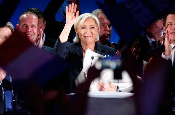 La ultraderecha francesa celebra el histórico triunfo de Le Pen
