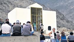 Esperan orden para exhumar cuerpos de mausoleo senderista