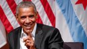 Obama reaparece en público y defiende a los inmigrantes