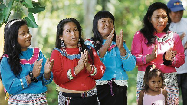 Comunidad shipibo-konibo. Las lenguas amazónicas han originado un castellano peculiar que forma parte de nuestro patrimonio lingüístico. (Foto: Dante Piaggio/Archivo)