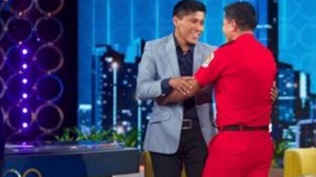 Sobreviviente al vuelo del Chapecoense conoció a bombero peruano que lo rescató