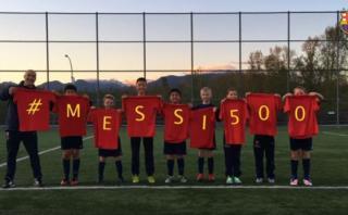 Messi recibió emotivos saludos de los niños culés del mundo