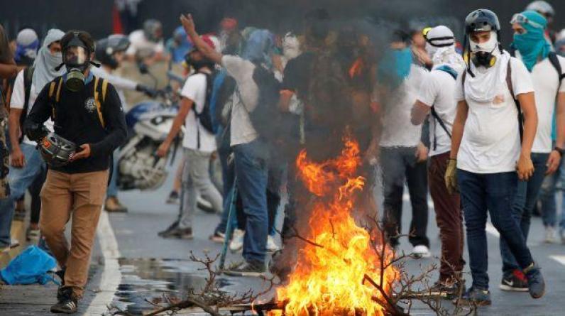 Venezuela: Se eleva a 26 el número de muertos por la violencia