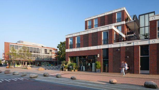 El edificio que tiene los 'emojis' de WhatsApp se encuentra en Holanda. (Foto: Bart van Hoek, Attika Architekten)