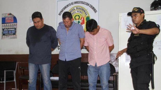 Capturan sujetos mientras asaltaban agente bancario — Trujillo