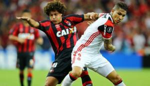 Flamengo cayó 2-1 ante Paranaense con peruanos en Libertadores