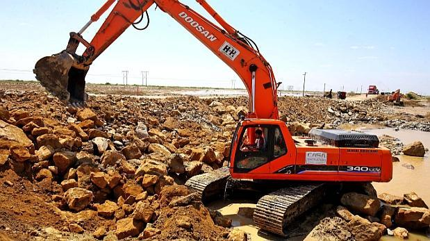 Reconstrucción costará más de US$6 mil millones, estima el Ejecutivo
