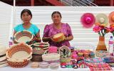Piura: damnificadas venden sus productos en mercado artesanal