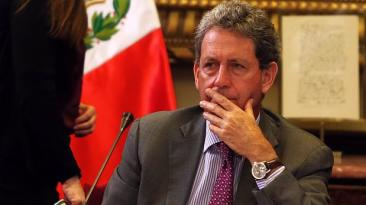"""""""La delgada línea roja"""", por Gonzalo Carranza"""