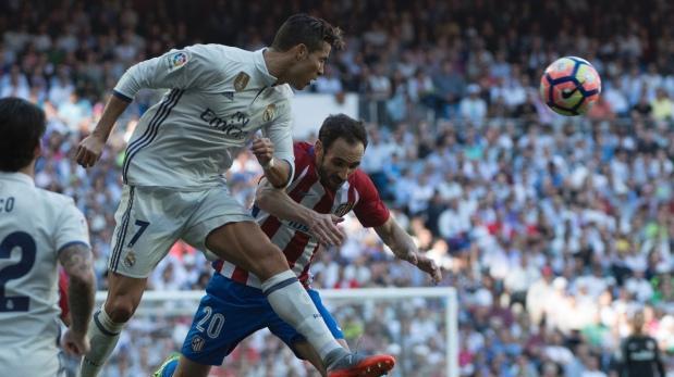 Real Madrid se acerca a la final con triplete de Cristiano