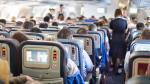 ¿Por qué las aerolíneas sobrevenden pasajes? - Noticias de julian simon
