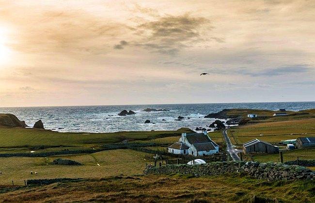 Los viajeros que deseen llegar a la isla de Fair, deben de realizar un largo recorrido. (Foto: Bloomberg)