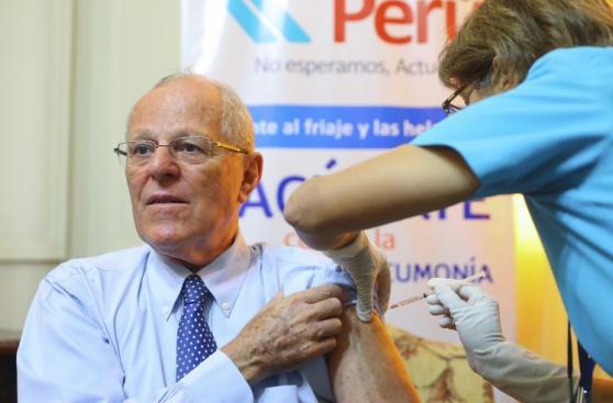 PPK y ministros recibieron vacuna contra la influenza [FOTOS]