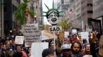 Cientos protestan en Nueva York ante regreso de Donald Trump - Noticias de senado australia