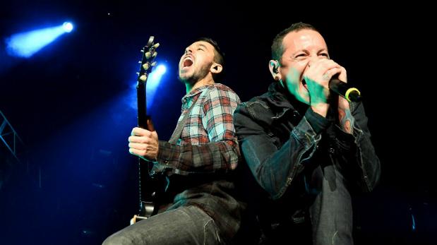 Mike Shinoda y Chester Bennington están listos para remecer el Nacional esta noche con Linkin Park. (Foto: AFP)