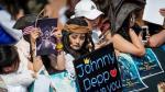 Depp ignora polémica, se luce en premiere de Piratas del Caribe - Noticias de amber heard