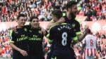 Arsenal ganó y aprieta lucha por los cupos a Champions League - Noticias de mark hughes