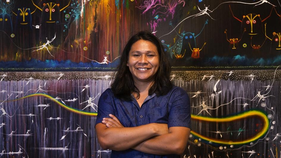Rember Yahuarcani: el pintor que retrata la cosmovisión de la Amazonía