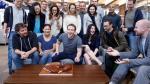 Mark Zuckerberg festejó su cumpleaños en la sede de Facebook - Noticias de agasajo