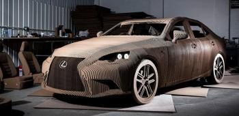 El auto de cartón de Lexus