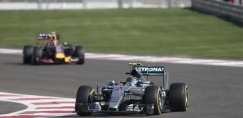 Rosberg ganó en Abu Dhabi