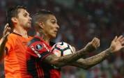 Con Guerrero y Trauco, Flamengo juega de visita en el Grupo 4