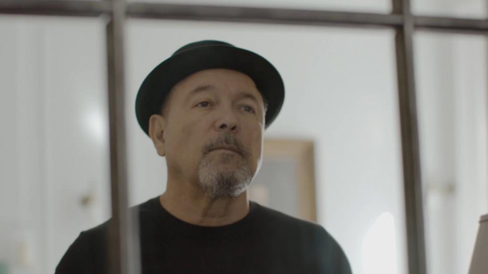 Retrato de uno de los cantantes y compositores más reconocidos de América Latina: Rubén Blades. El documental explora su carrera, su legado y las complejidades que implica mantener su fama.