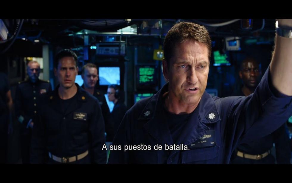 Un capitán de submarinos norteamericano hace equipo junto a los Navy Seals para intentar rescatar al presidente ruso, secuestrado por un general traidor.