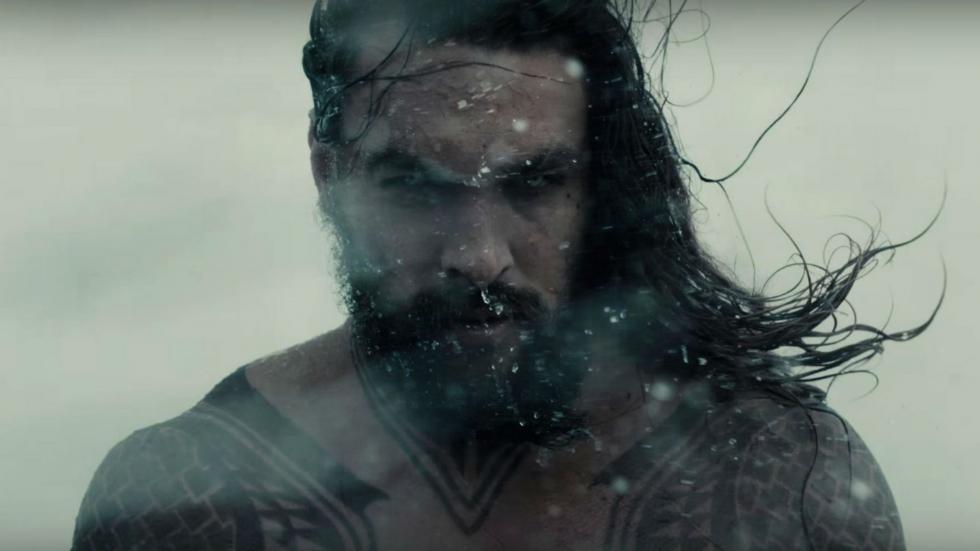 Cuando Arthur Curry (Jason Momoa) descubre que es mitad humano y mitad atlante, emprenderá el viaje de su vida en esta aventura no sólo le obligará a enfrentarse a quién es en realidad, sino también a descubrir si es digno de cumplir con su destino: ser rey, y convertirse en Aquaman.