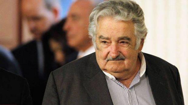 """A José Mujica le importa """"un bledo"""" caer en las encuestas"""