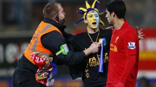 Copa FA: Luis Suárez anotó gol con la mano y Liverpool ganó 2-1