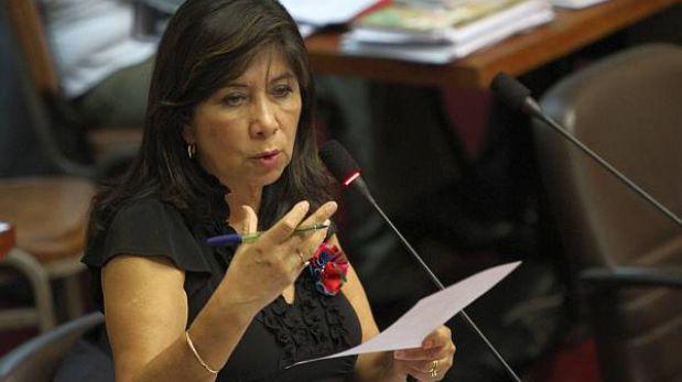 """Martha Chávez: """"Hay que poner en su sitio a seudo defensores de DD.HH."""""""