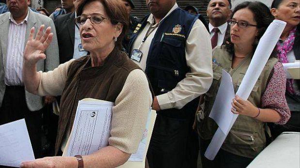 """Marisa Glave: """"Es fundamental que la alcaldesa siga trabajando"""""""
