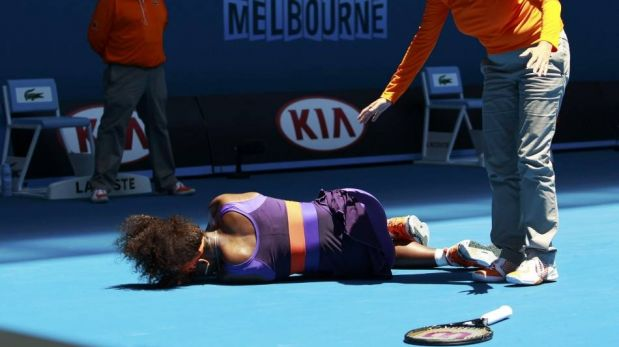 FOTOS: el excesivo calor de Melbourne que no afecta a Federer y el susto de Serena Williams en Abierto de Australia