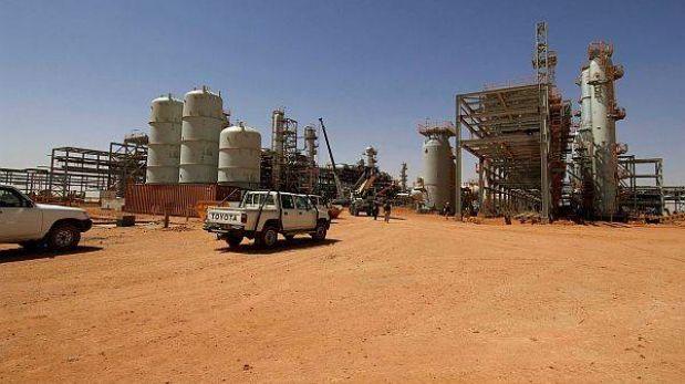 Argelia: gobierno rechaza negociar con terroristas que tienen decenas de rehenes