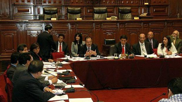 Comisión Permanente aprobó normas sobre licencias otorgadas a trabajadores